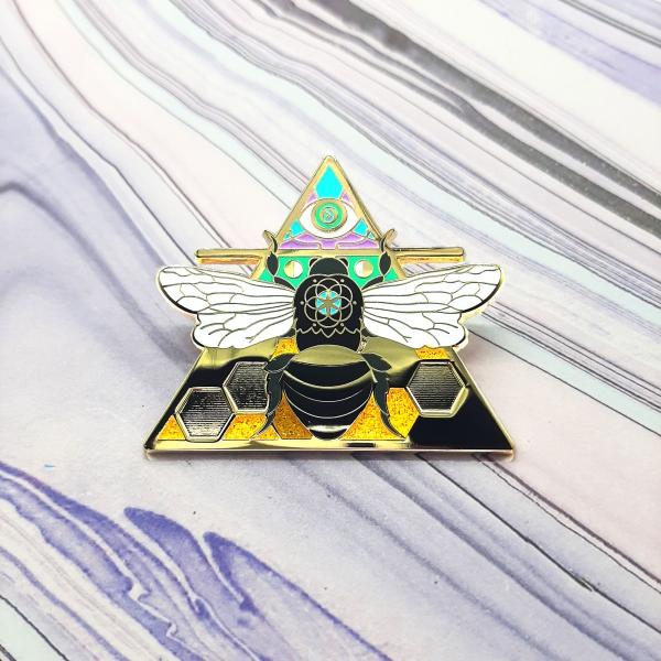 Bee Air Elemental Pin